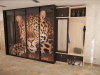 прихожая с леопардом