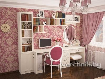 компьютерный и макияжный стол