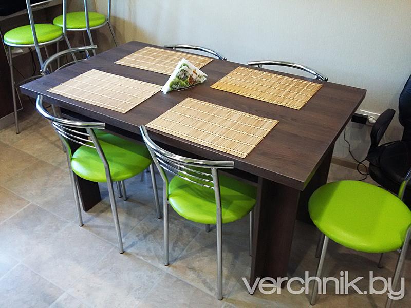 стол на шесть персон